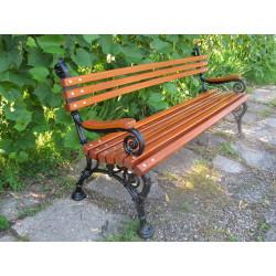 Ławka parkowa L-82  - żeliwna ławka z podłokietnikiem drewnianym